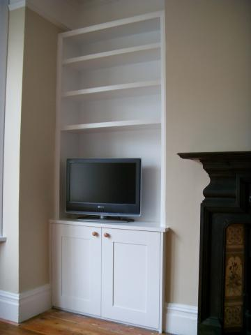 Alcove units Richmond TW9